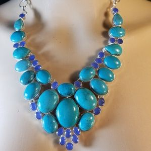 BEWITCHING NECKLACE NWOT
